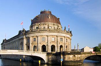 Uferstraße Bodemuseum